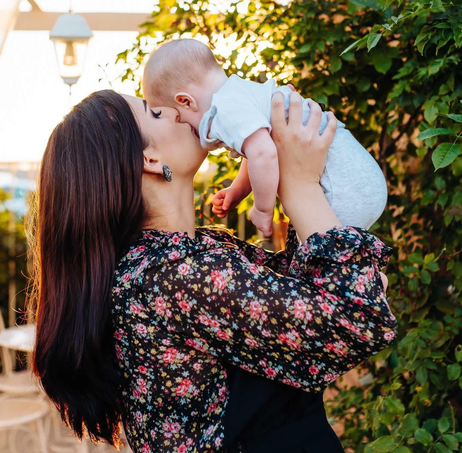 activitati-bebelusi-0-3-luni