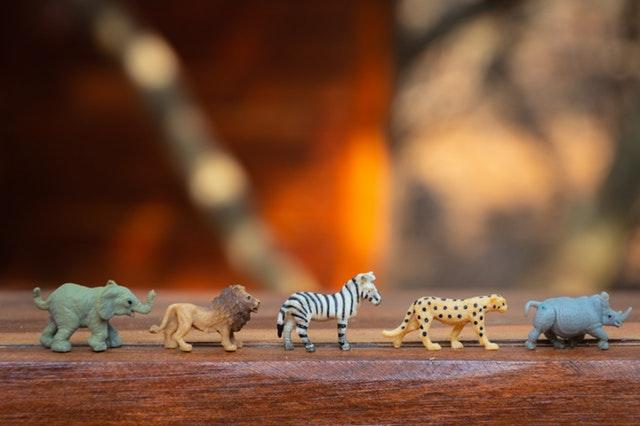 animale-safari-idei-cadou-copii-un-an