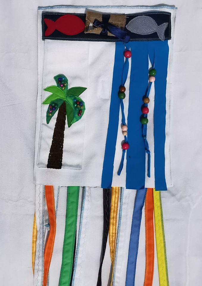 saculetul-cu-surprize-spate-senzorial-palmier