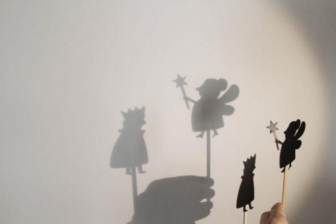 teatru-de-umbre-cadou-copii-2-3-ani